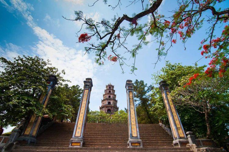 Thien Mu Pagoda Hue Vuetnam