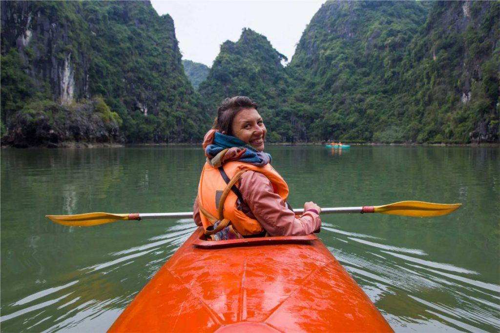 23/5000 Guida di viaggio di Halong Bay