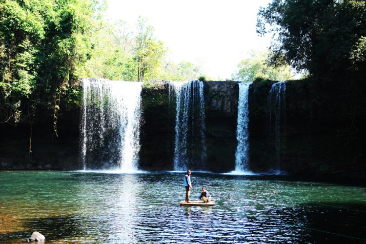 Campe Warterfall in Pakse - Cosa vedere in Laos