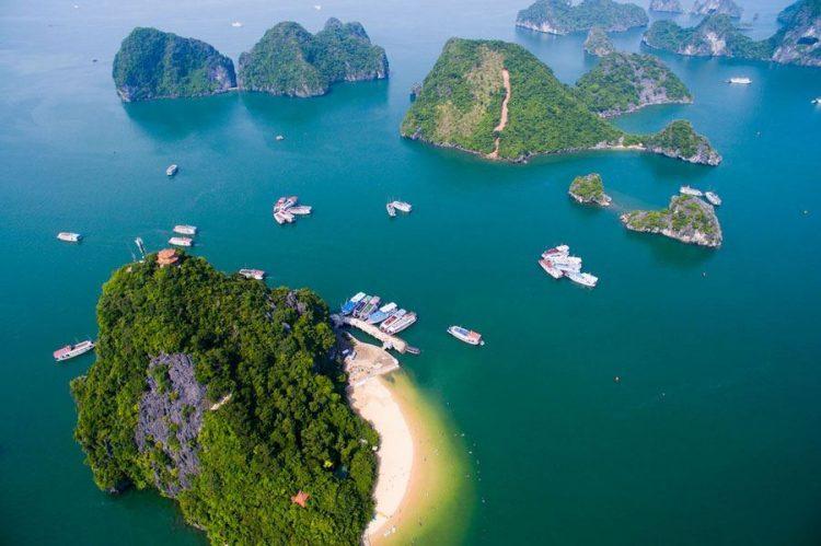"Isola di ""Ti Top"": isola nominata dal presidente HCM - Tour Vietnam Cambogia"