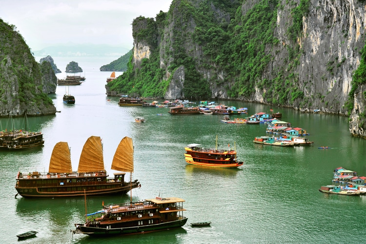 Baia di Halong - Vietnam Cambogia cosa vedere