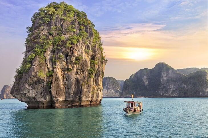 Halong - preparazione viaggio estivo lussuoso vietnam cambogia
