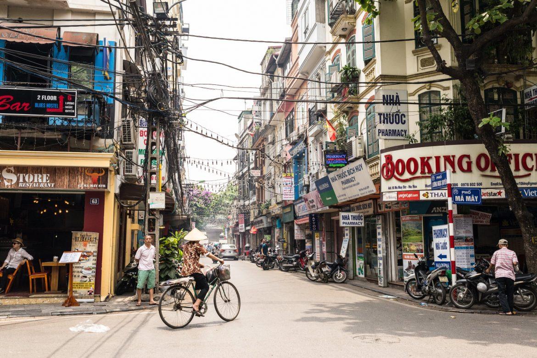quartiere vecchio hanoi vacanza estiva vietnam