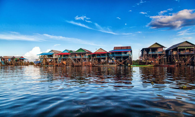 lago tonle sap vacanza estiva cambogia
