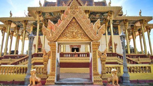 """Battambang - """" Bella ragazza vicino al fiume"""""""